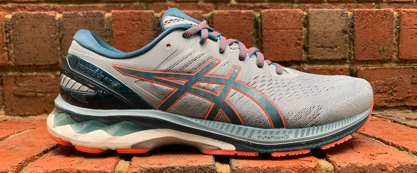 A profile view of the men's ASICS GEL-Kayano 27 running shoes