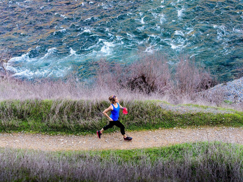 45999c9421 Trail Running Shoes vs. Road Running Shoes   Fleet Feet