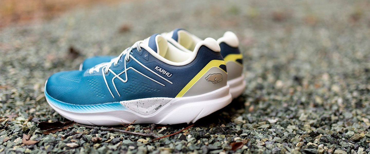 A pair of Karhu Fusion Ortix 2021 running shoes