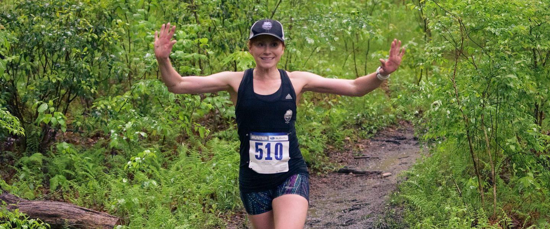 Kate Schwartz running a race