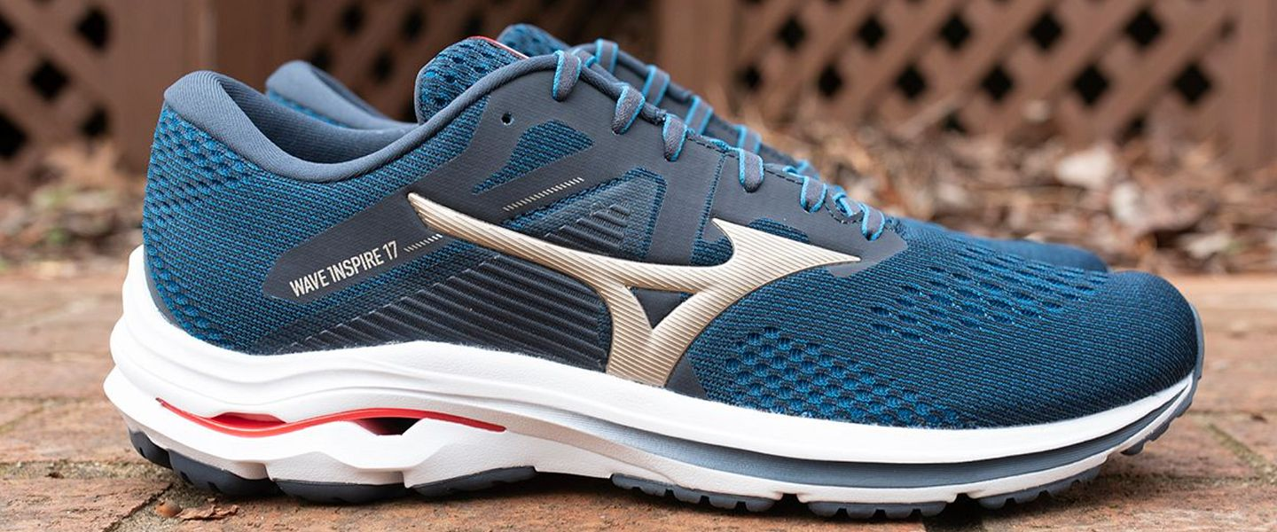 A blue Wave Inspire 17 running shoe