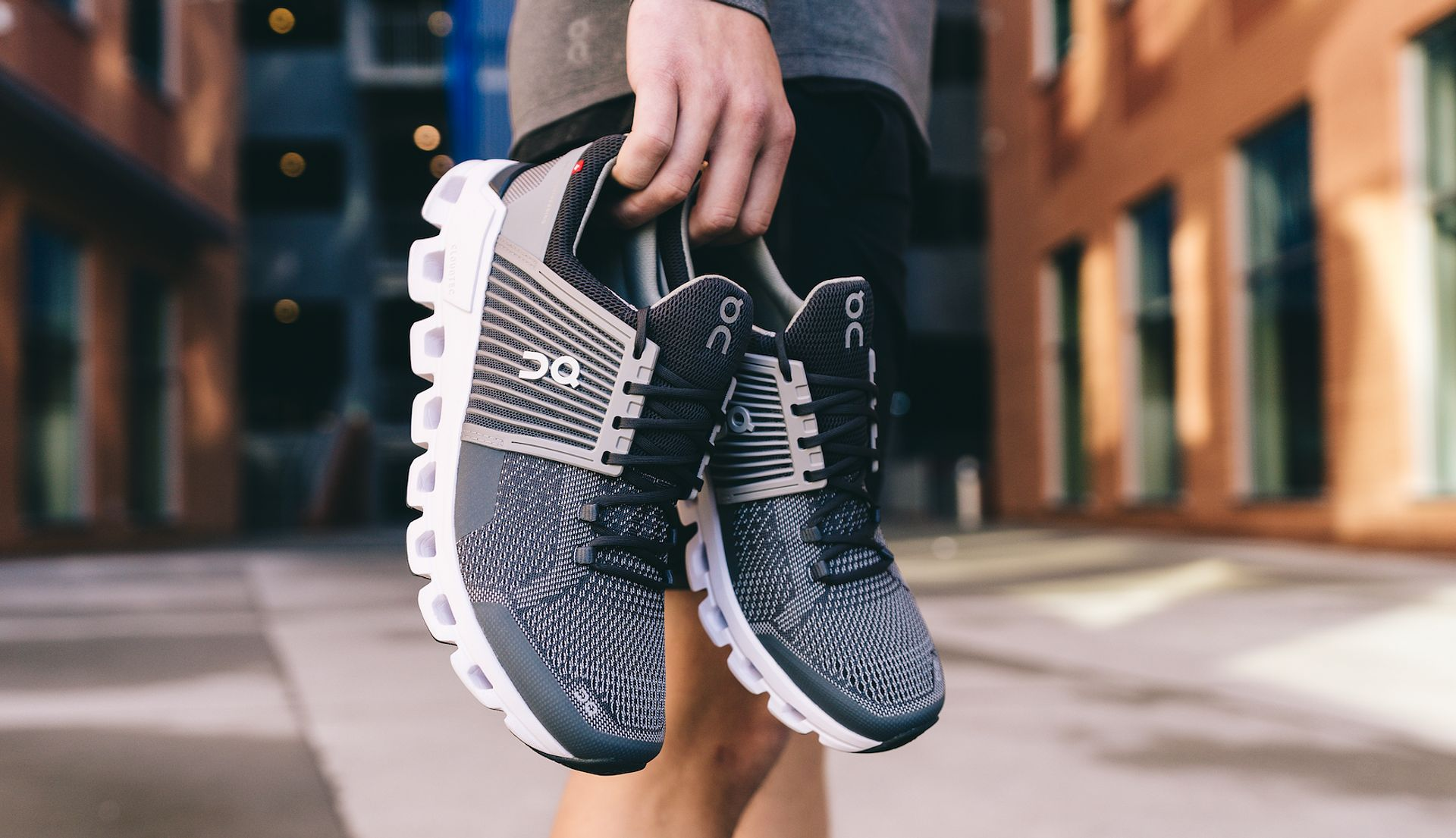 on shoes cloud swift