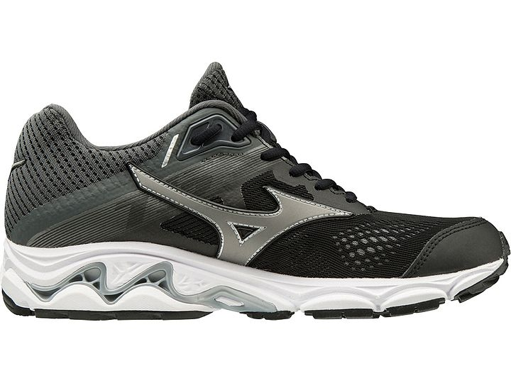 mizuno mens running shoes size 9 years old vs female